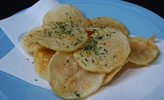 山芋チップス